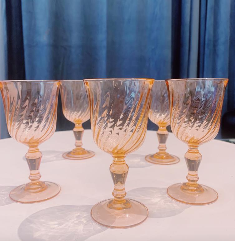 Små franske vinglas