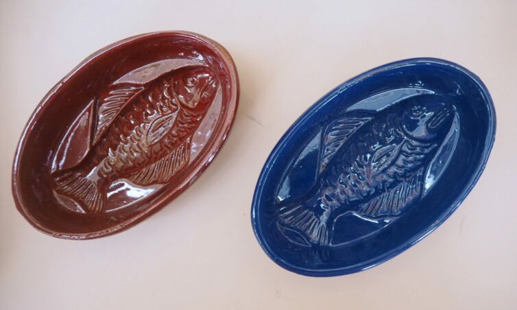 Håndlavet unika fiskeskål // Vinrød