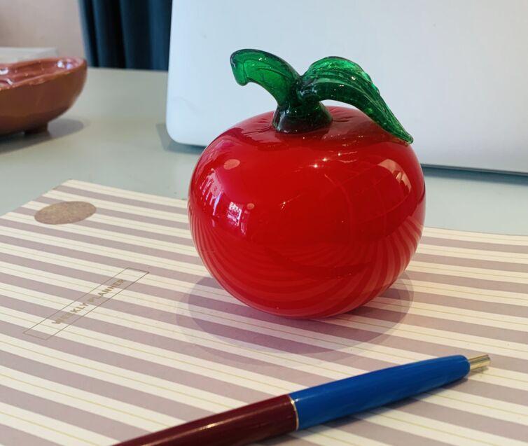 Rødt æble ~ mundblæst glas