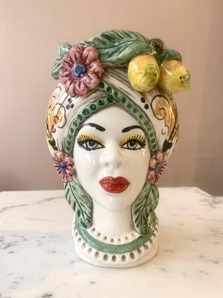 Donna VerdeLimone ~ Medium